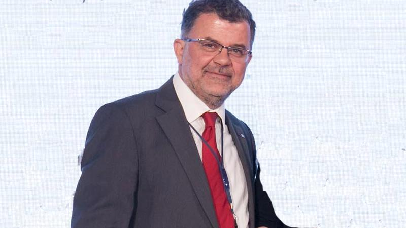 Petrovas AXA